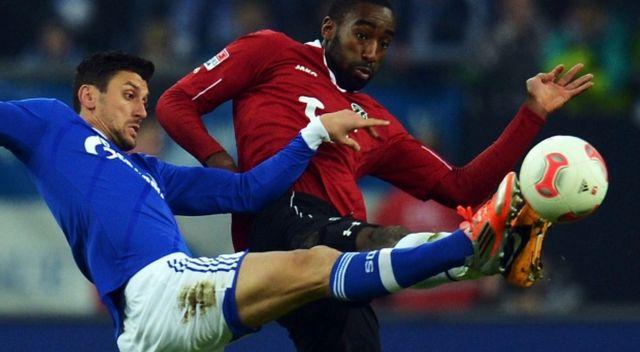 Prediksi Bola Schalke 04 vs Hannover 96 5 Desember 2015